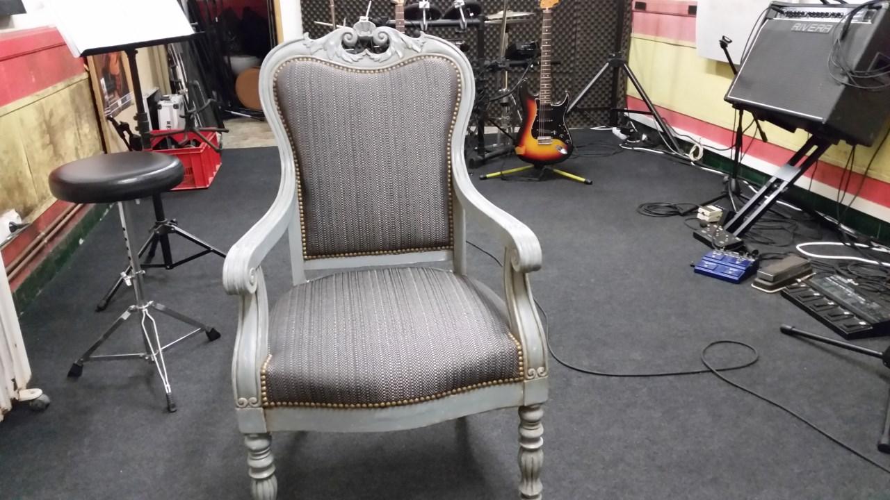 Restauration d'un fauteuil en tissu